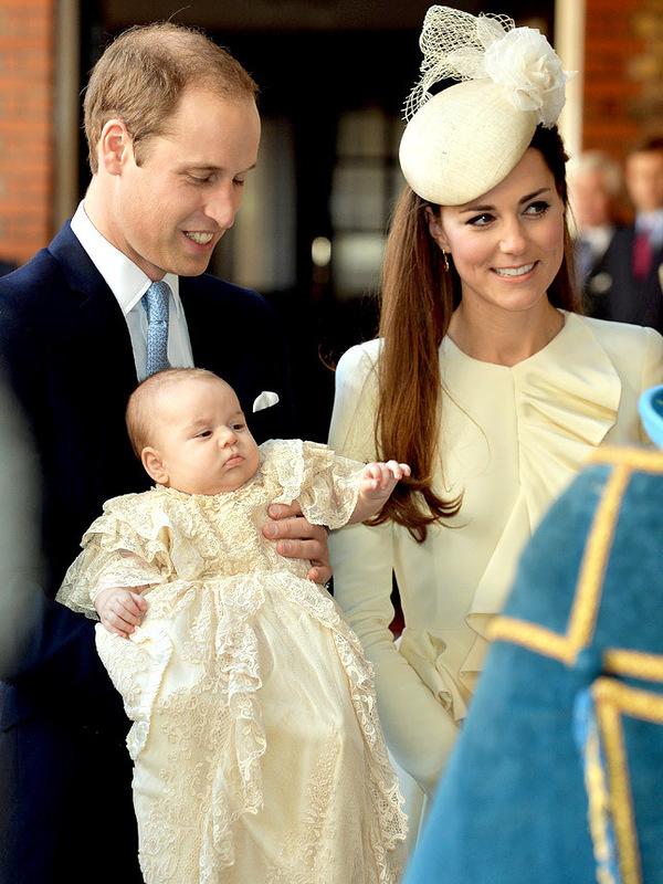 Принц Уильям и герцогиня Кэтрин с сыном Георгом