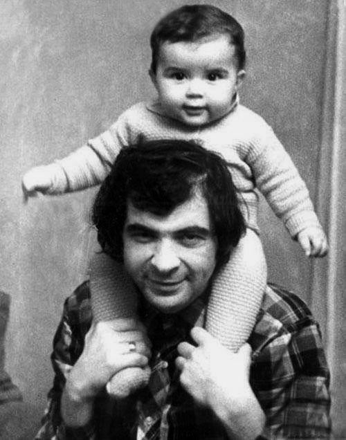 1079 Илья Олейников с сыном Денисом.jpg