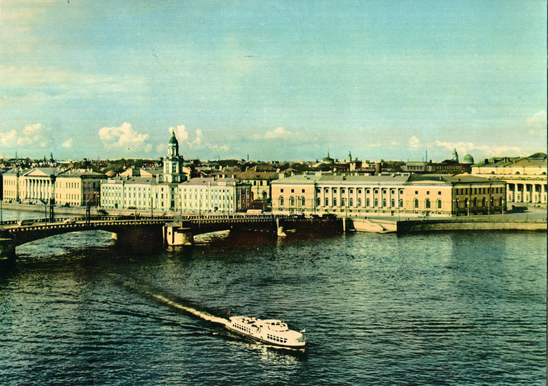 037 Нева. Дворцовый мост.jpg