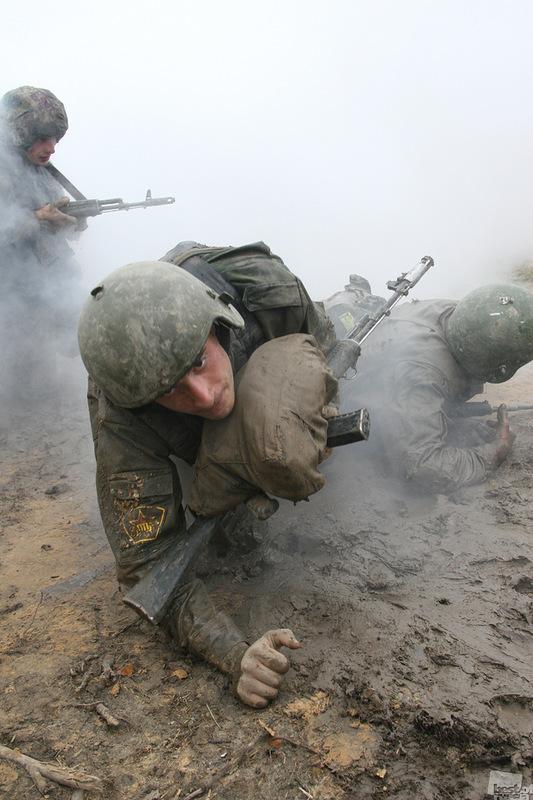 К заветной цели. Автор Николай Дементьев.jpg