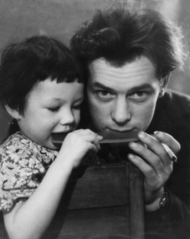 1031 Георгий Жженов с дочерью Леной.jpg