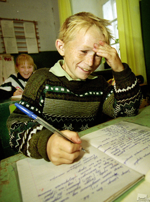 Сельская школа, автор Геннадий Усоев.jpg