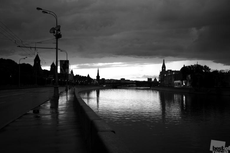 рассвет над Москвой, автор Тимур Гайнутдинов.jpg