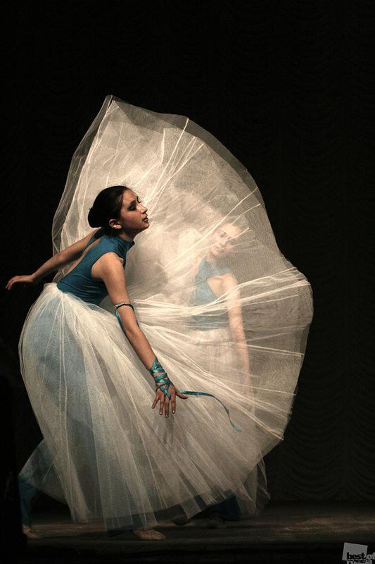Танец, автор Анатолий Фрумгарц.jpg
