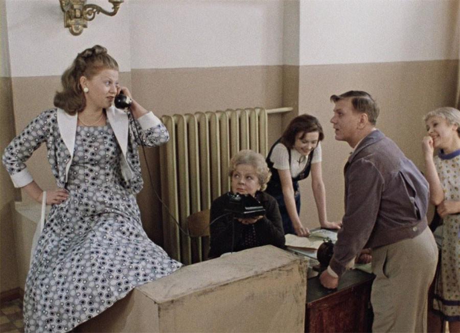 Самый цитируемый советский фильм. Голосование фильм, Шурика, приключения, фильмов, народ, будет, самый, Кавказская, паром, лёгким, Ирония, судьбы, пленница, голуби, Карнавальная, Киндзадза, профессию, Любовь, новые, Место