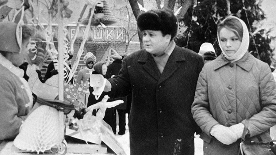 Любимый новогодний советский фильм фильм, фильмов, удачи, Новый, судьбы, новогодний, Ирония, фильмы, Карнавальная, лёгким, паром, Ищите, женщину, Морозко, Новогодние, Телеграмма, Старый, Похищение, приключения, Чародеи