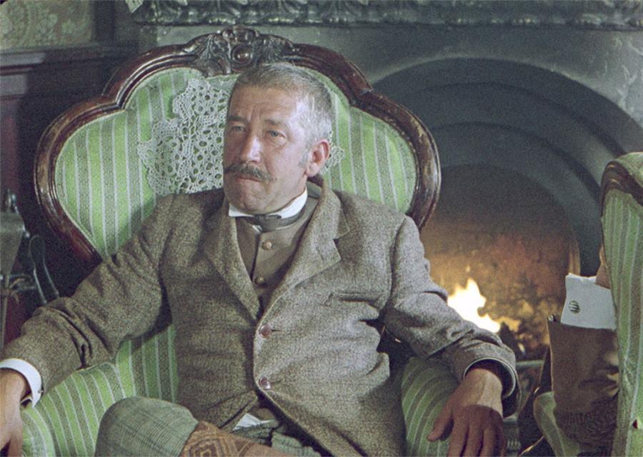 """Инспектор Лестрейд из """"Приключений Шерлока Холмса и доктора Ватсона"""""""