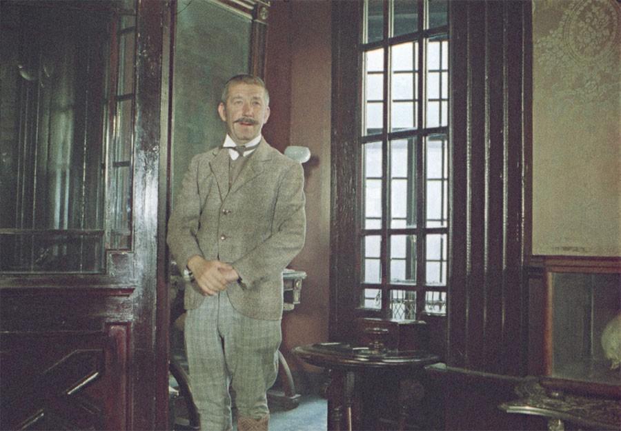 Инспектор Лестрейд из Приключений Шерлока Холмса и доктора Ватсона