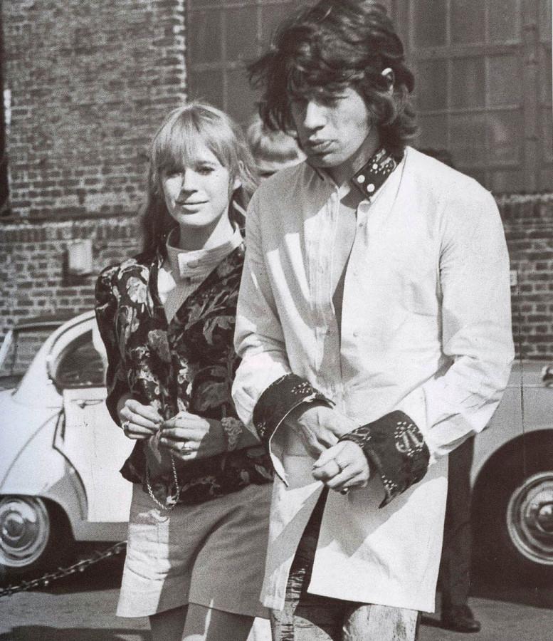 022 Мик Джаггер и Марианна Фейтфул, 1967