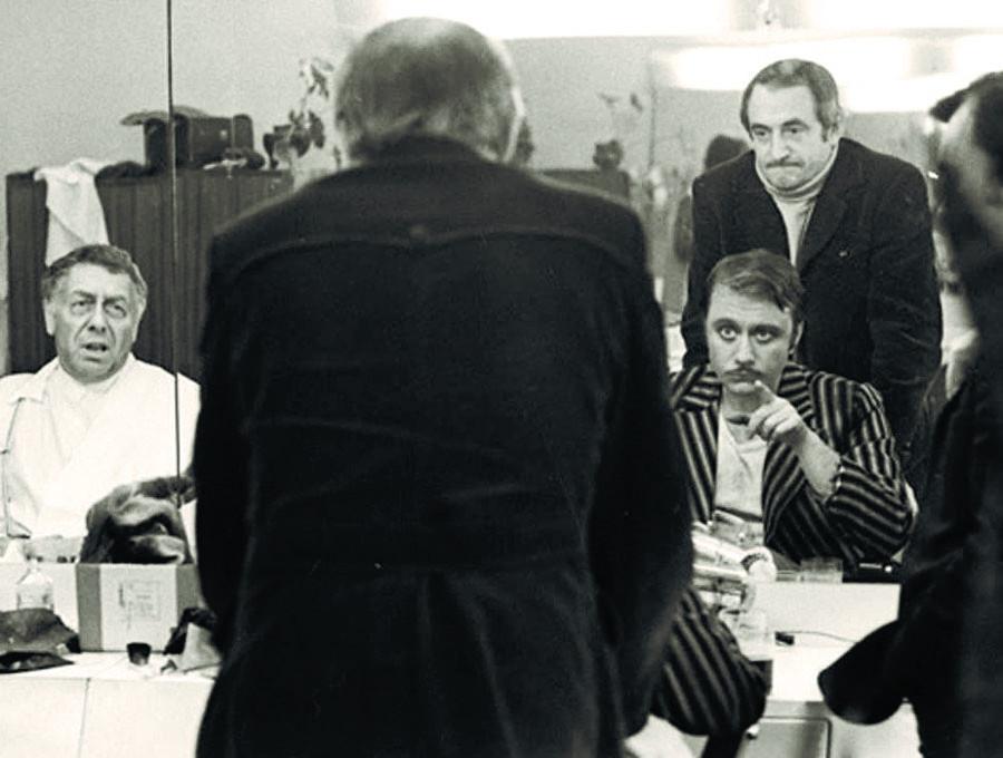 Остап Бендер и Киса Воробьянинов из 12 стульев Захарова