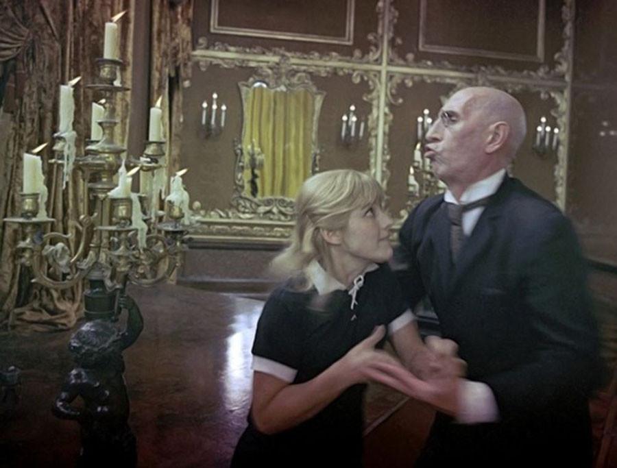 Наталья Варлей на съёмках 12 стульев