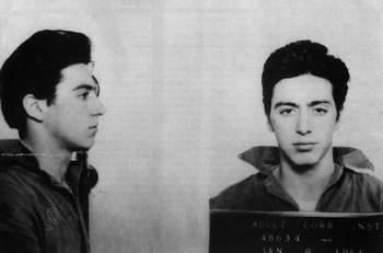 """Аль Пачино, актер театра и кино (фильмы """"Крестный Отец"""", """"Запах Женщины"""", """"Фрэнки и Джонни""""). Арестован 9 января 1961 года – непристойное поведение"""