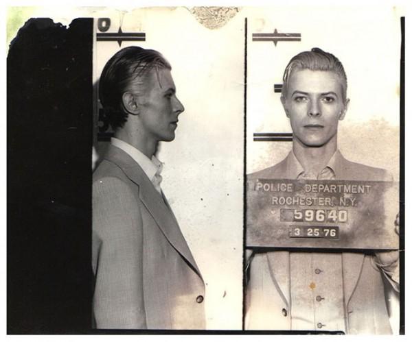 Дэвид Боуи (David Bowie) – 1976  (однополый секс)