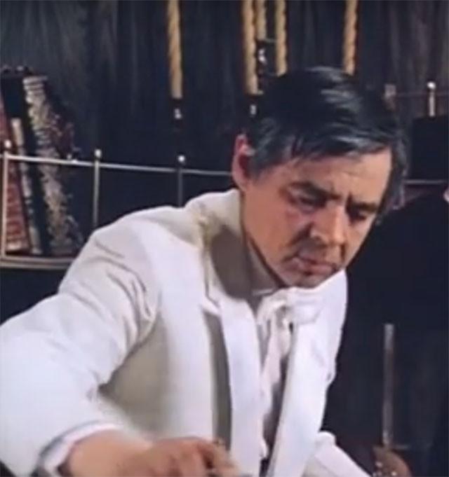 Вырезанная сцена из фильма Гостья из будущего