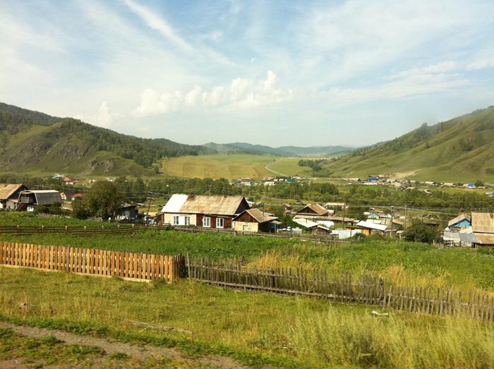 проезжаем села