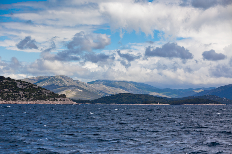dvoevnore.com: Берега Хорватии, вид с моря. Croatian coastline, view from the sea