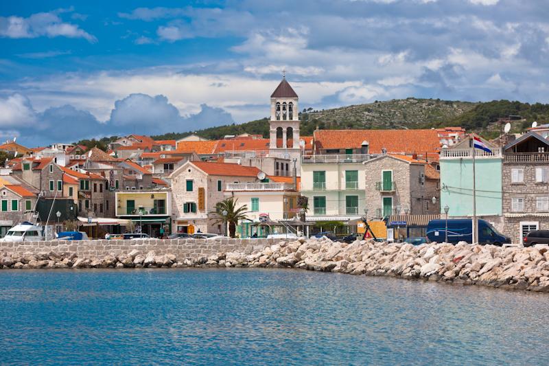 dvoevnore.com: Панорама города Водице, Хорватия. Vodice, Croatia town view