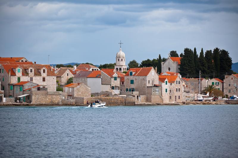 dvoevnore.com: Панорама города Сепурине, Хорватия. Sepurine, Prvic island, Croatia town view