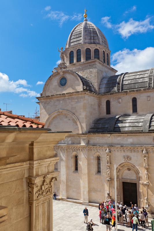 dvoevnore.com: Кафедральный собор города Шибеник, Хорватия. Sibenik, Croatia cathedral
