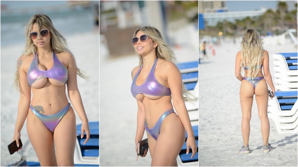 Белль Банни Амор на пляже
