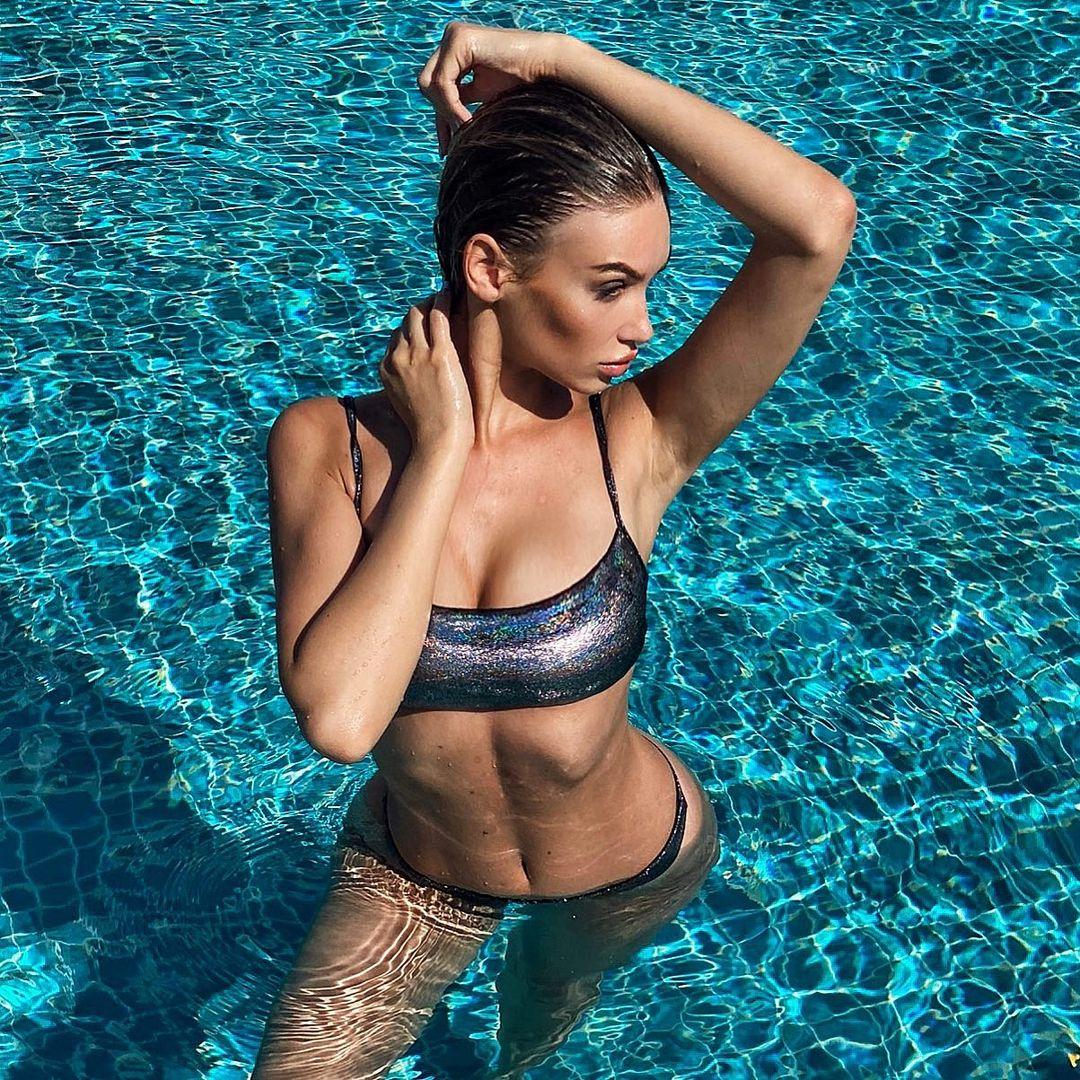 Мелинда Лондон на фотографиях в Instagram