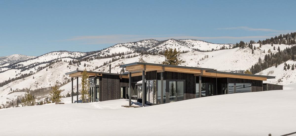Современный загородный дом в Скалистых горах Айдахо