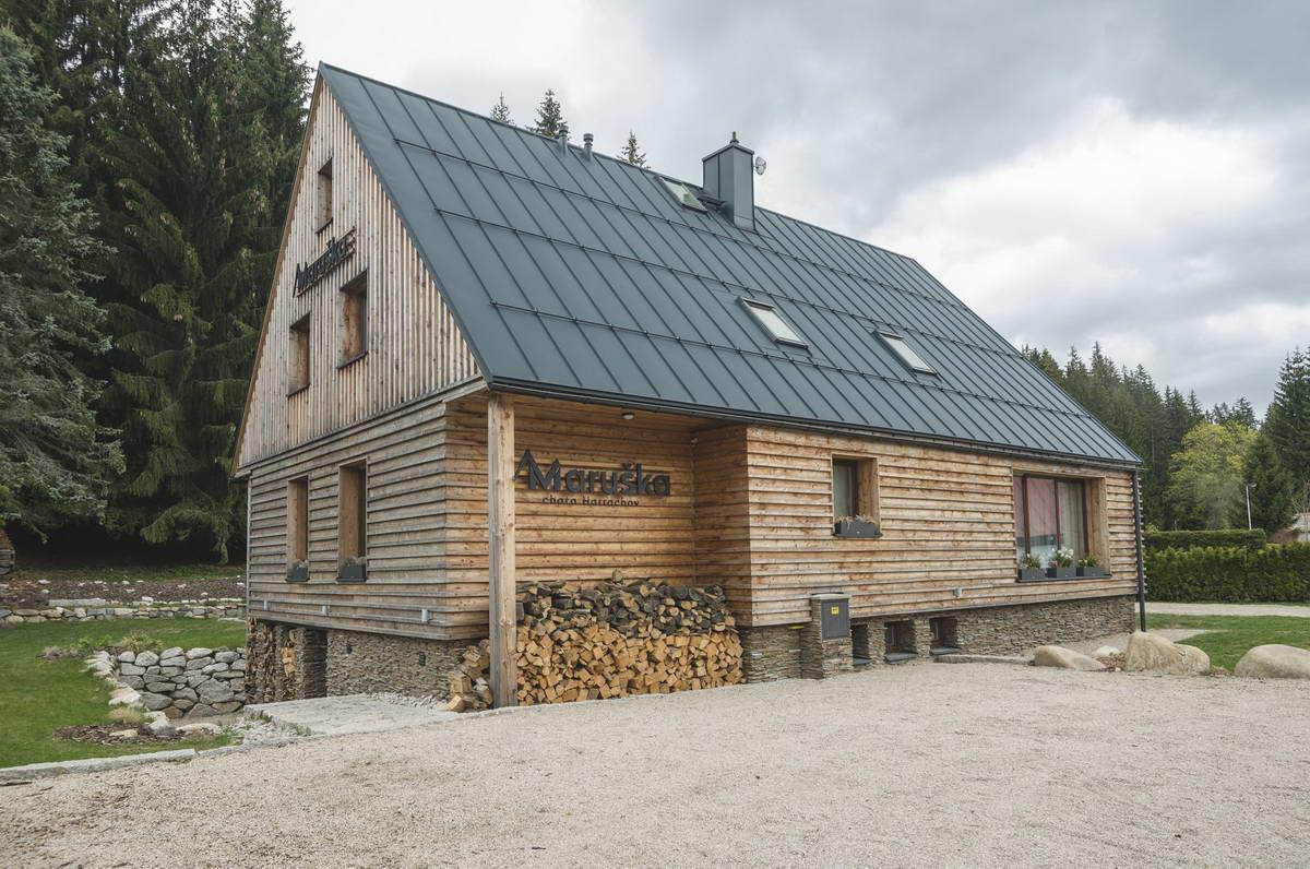 Реконструкция деревянного дома в Чехии