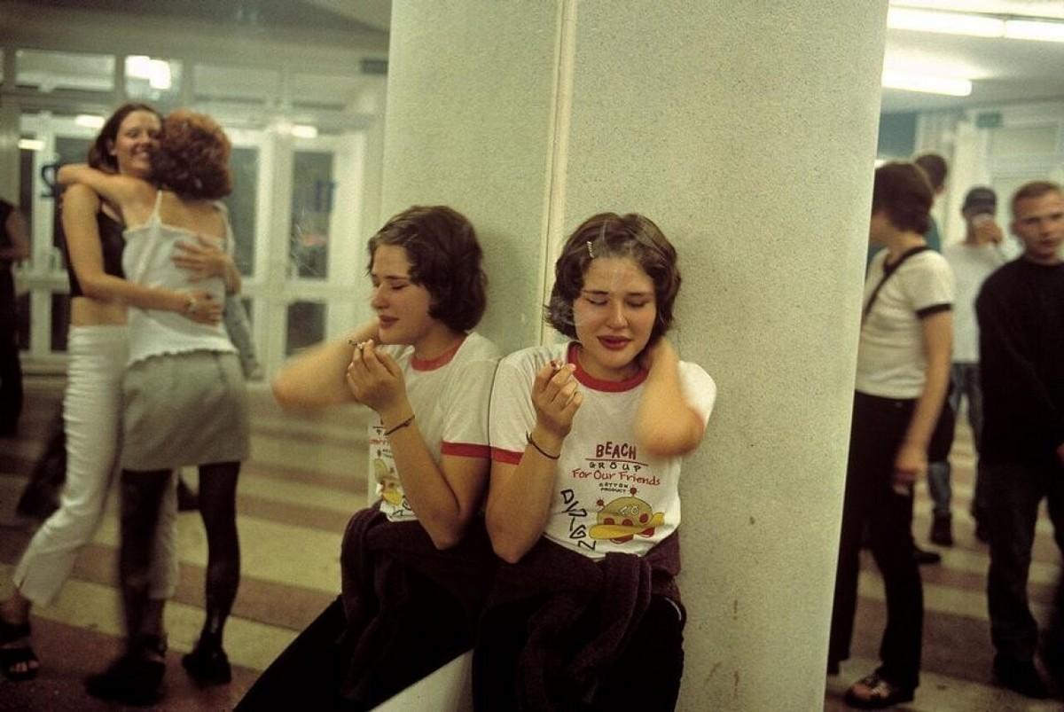 Страна на перепутье и русская молодёжь в незабываемые 90-е на снимках француженки