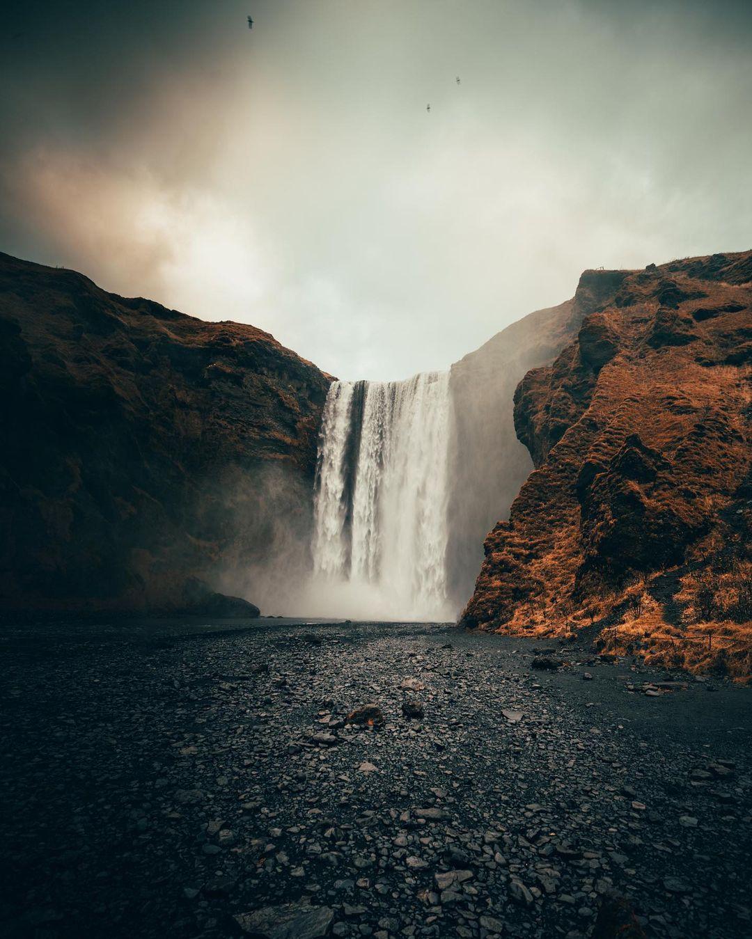 Захватывающие фото из путешествий Питера Маккиннона