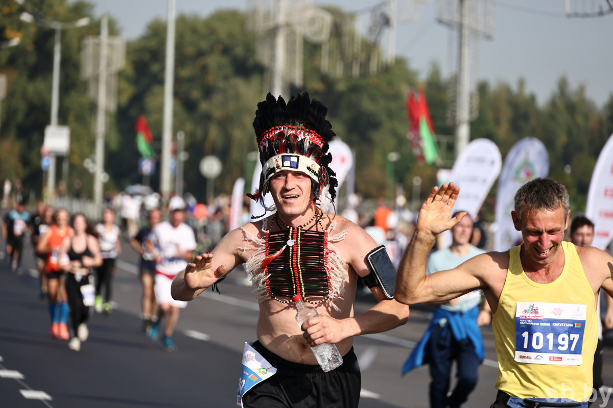 Праздник спорта и здорового образа жизни: в столице прошел Минский полумарафон