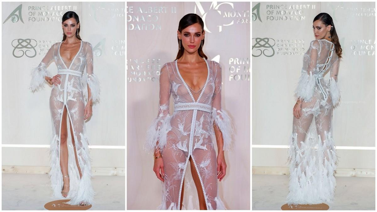 Марианна Фонсека в просвечивающем платье