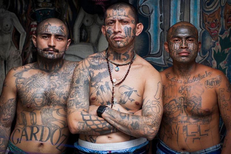 Преступные группировки, созданные с благими намерениями