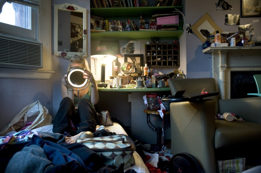 A_girl_and_her_room-7