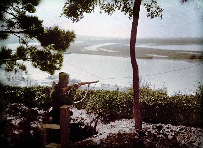 Одбрамбени положај на београдској тврђави, поглед на ушће Саве у Дунав.