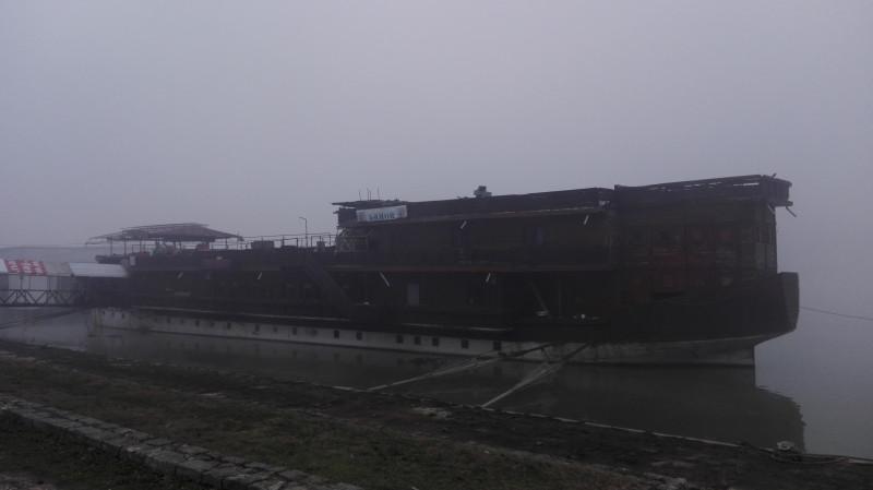 Брод ресторан.