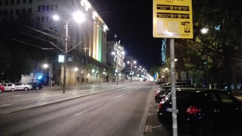 Субота увече, празна Немањина места за паркирање више него довољно.