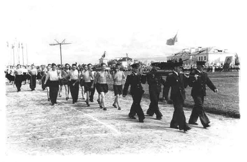 Парад физкультурноков, 1953 год.jpg