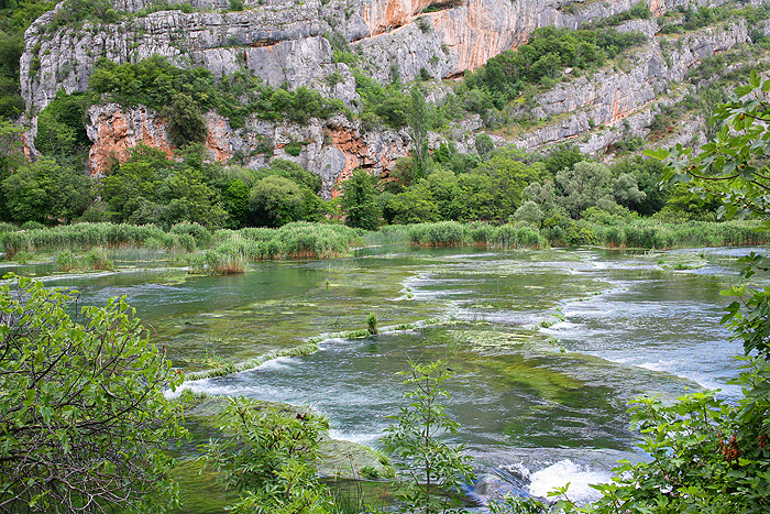 Туфовые водопады на реке Крка