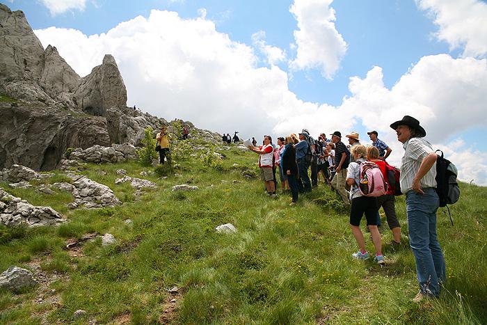 Гости фестиваля у кратера на Туловой гряде