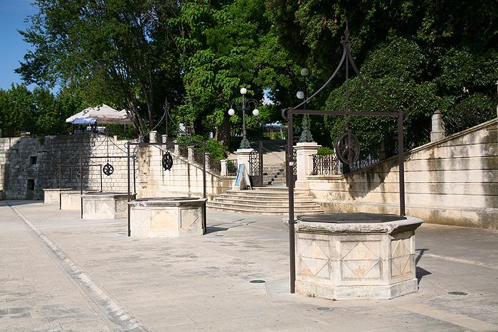 Площадь Пяти колодцев