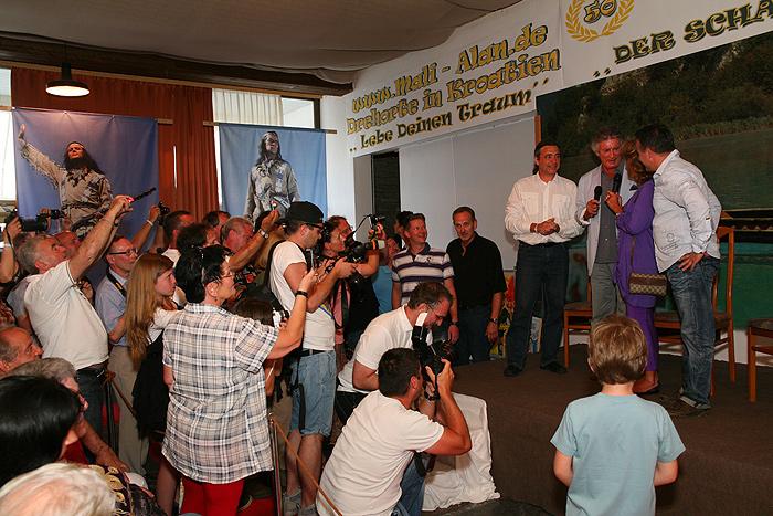 Встреча с Пьером Брисом в зале отеля «Алан»