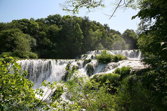 Большой водопад Скрадински бук