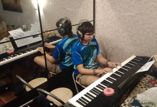 Mika-Piano