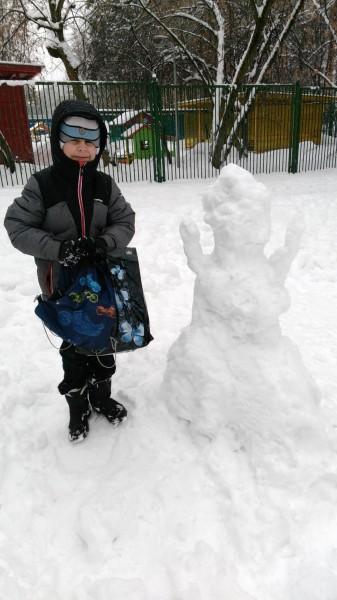 Tolik-and snowman.jpg