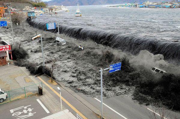 Волна, цунами, Япония, tsunami, Japan 2011