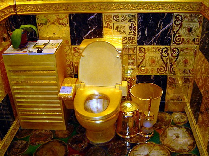 gold klozet