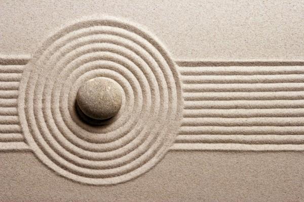 japanese-garden-sand-detail-4-600x400