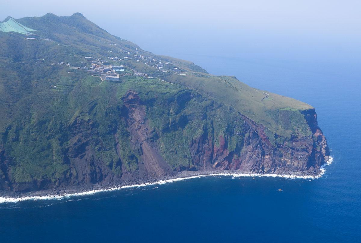 aogashima-island-japan-10-2