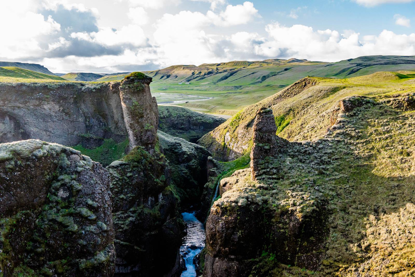iceland-canyon-8