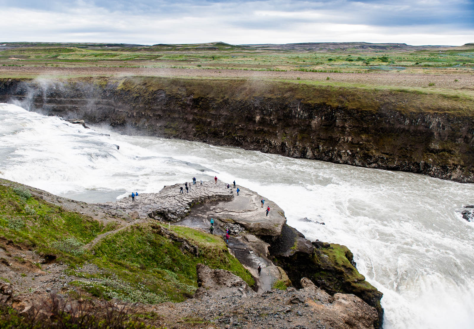 iceland-waterfalls-8
